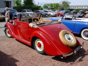 Lancia Belna uit 1934 tijdens de Eurotour 2004 in Antwerpen