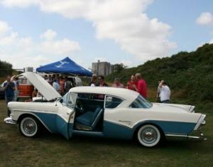 Picknickrit GCCC 2013 met Buick Roadmaster uit 1957