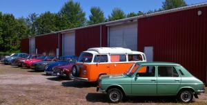 Groene Simca, Volkswagen busje en andere GCCC-klassiekers bij Rambler museum in Berlikum