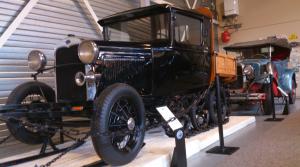 Vooroorlogse Ford's in het Ford museum van Hillegom